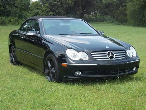 2005 Mercedes-Benz CLK for sale at Essen Motor Company, Inc. in Lebanon TN