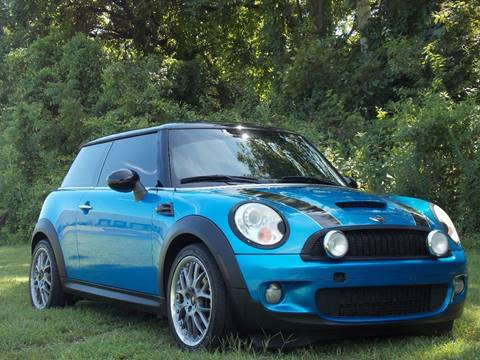 2007 MINI Cooper for sale at Essen Motor Company, Inc in Lebanon TN