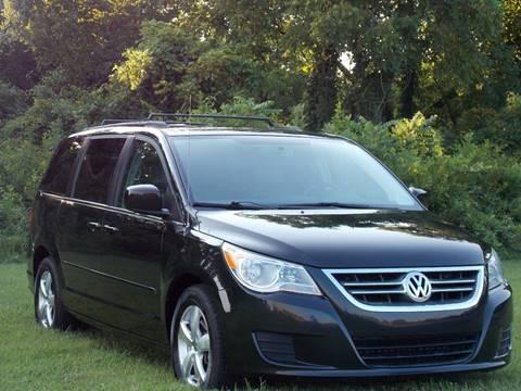 2011 Volkswagen Routan for sale in Lebanon, TN