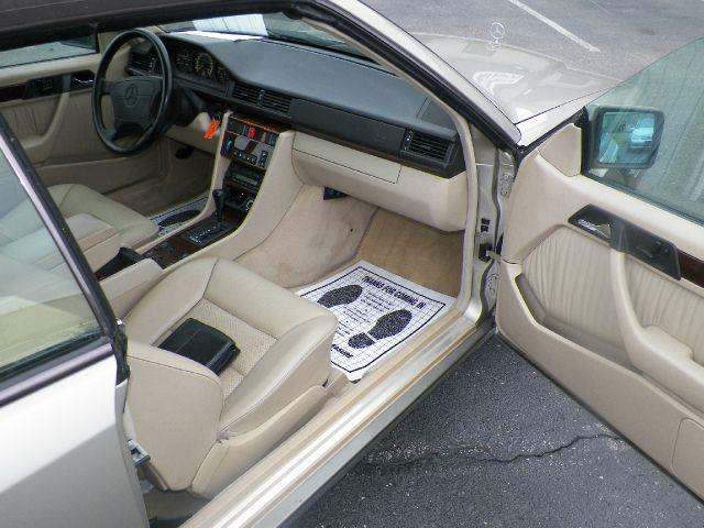 1995 Mercedes-Benz E-Class for sale at Essen Motor Company, Inc. in Lebanon TN