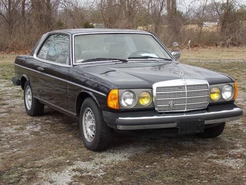 1982 Mercedes-Benz 300-Class for sale at Essen Motor Company, Inc. in Lebanon TN