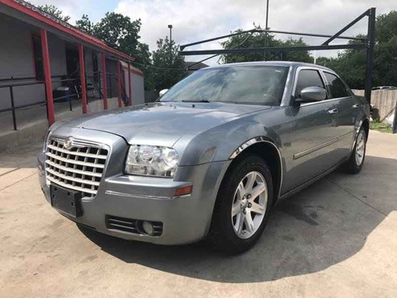 car veh in tx center antonio sedan chrysler luna san