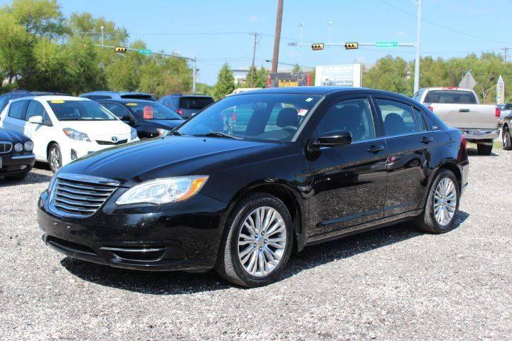2012 Chrysler 200 LX 4dr Sedan In Austin TX  Five Guys Imports