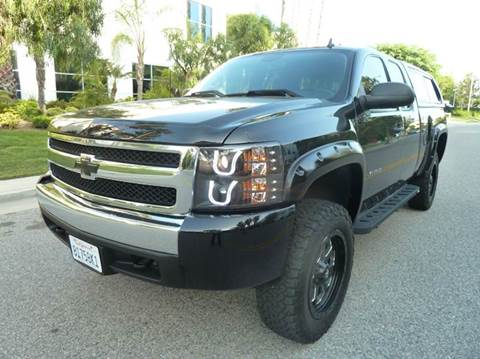 2008 Chevrolet Silverado 1500 for sale at Trade In Auto Sales in Van Nuys CA