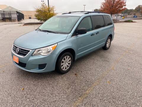 2009 Volkswagen Routan for sale at TKP Auto Sales in Eastlake OH