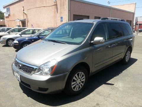 2011 Kia Sedona for sale at Auto King in Roseville CA