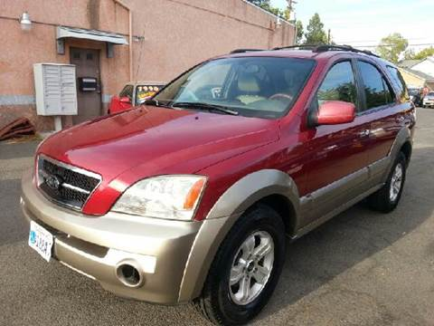 2003 Kia Sorento for sale at Auto King in Roseville CA