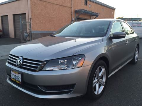 2013 Volkswagen Passat for sale at Auto King in Roseville CA