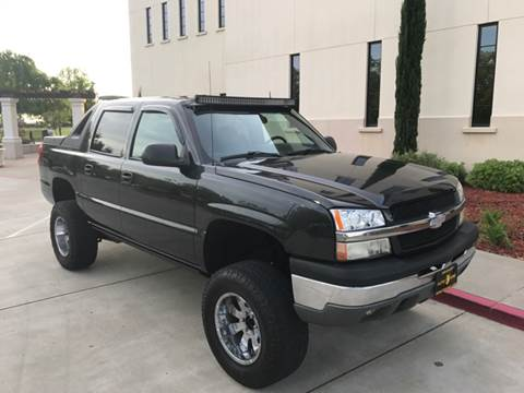 2003 Chevrolet Avalanche for sale at Auto King in Roseville CA