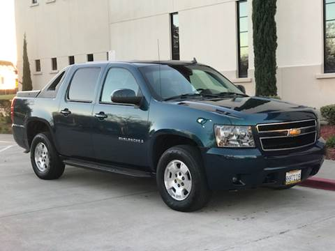 2007 Chevrolet Avalanche for sale at Auto King in Roseville CA