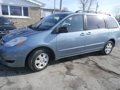 2006 Toyota Sienna for sale at Wyss Auto in Oak Creek WI