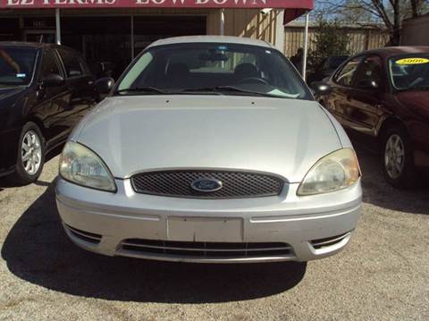 2005 Ford Taurus for sale at North Loop West Auto Sales in Houston TX