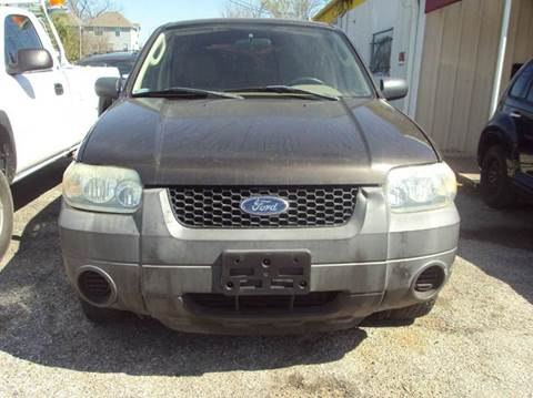 2007 Ford Escape for sale at North Loop West Auto Sales in Houston TX