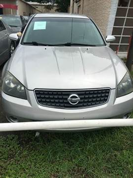 2005 Nissan Altima for sale at North Loop West Auto Sales in Houston TX