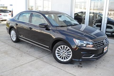 2017 Volkswagen Passat for sale in Countryside, IL