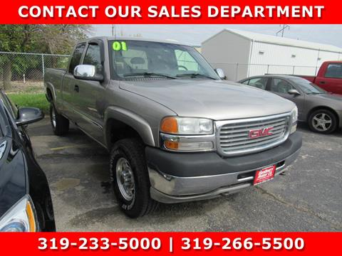 2001 GMC Sierra 2500HD for sale in Cedar Falls, IA
