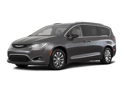 2018 Chrysler Pacifica for sale in Cedar Falls, IA