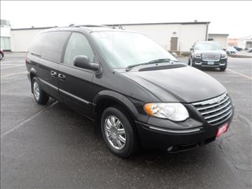 2006 Chrysler Town and Country for sale in Cedar Falls, IA
