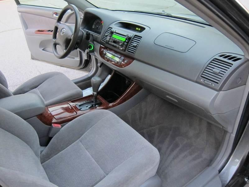 2003 Toyota Camry for sale at JD MOTORS in Tujunga CA