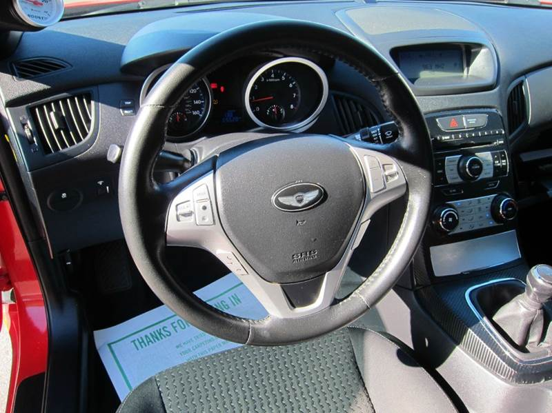 2010 Hyundai Genesis Coupe for sale at JD MOTORS in Tujunga CA