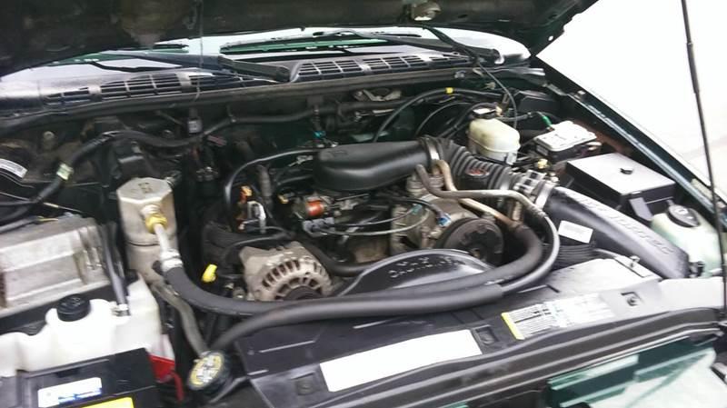 2002 Chevrolet Blazer LS 4WD 4dr SUV - Lapeer MI