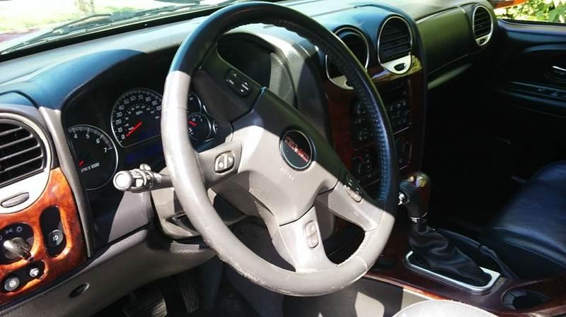 2005 GMC Envoy SLT 4WD 4dr SUV - Lapeer MI