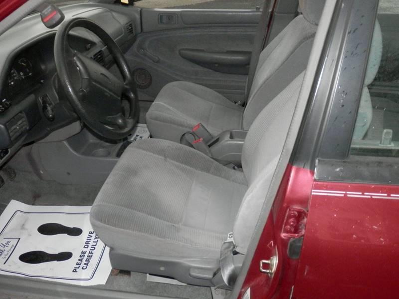 1995 Ford Escort LX 4dr Sedan - Bluffton IN