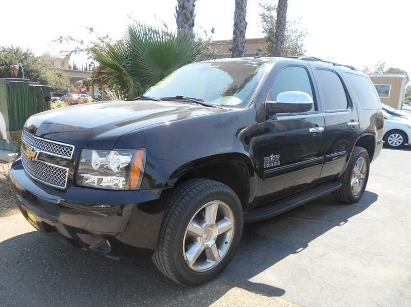 2013 CHEVROLET TAHOE LT 4X2 4DR SUV black 2-stage unlocking doors abs - 4-wheel adjustable peda