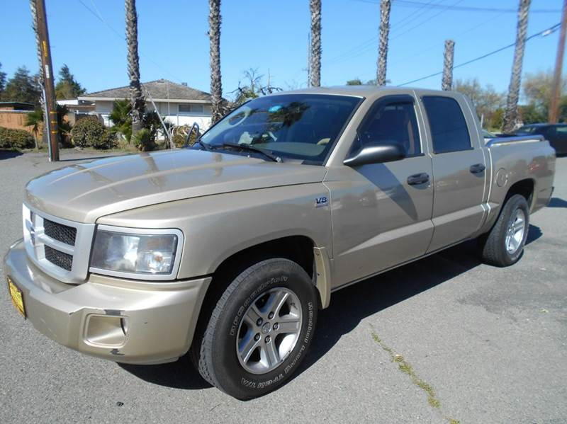 2011 RAM DAKOTA LONE STAR 4X2 4DR CREW CAB silver 2-stage unlocking doors abs - 4-wheel airbag