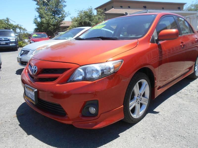 2013 TOYOTA COROLLA S 4DR SEDAN 4A orange door handle color - body-color exhaust tip color - chr