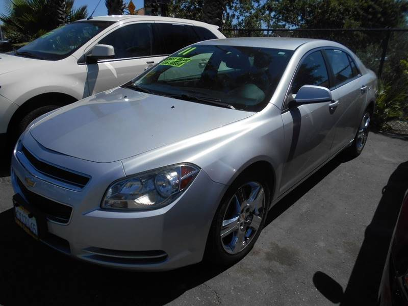 2011 CHEVROLET MALIBU LT 4DR SEDAN W2LT silver door handle color - body-color exhaust tip color