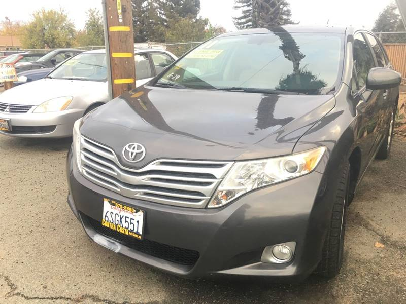 2011 TOYOTA VENZA AWD 4CYL 4DR CROSSOVER charcoal rear spoiler - roofline exhaust tip color - ch