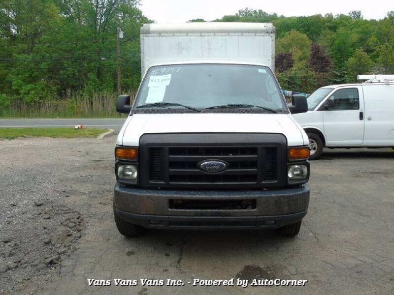 2012 Ford E-Series Chassis E-350 SD 2dr Commercial/Cutaway/Chassis 138-176 in. WB - Blauvelt NY