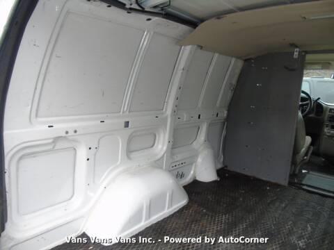 2004 GMC Safari Cargo