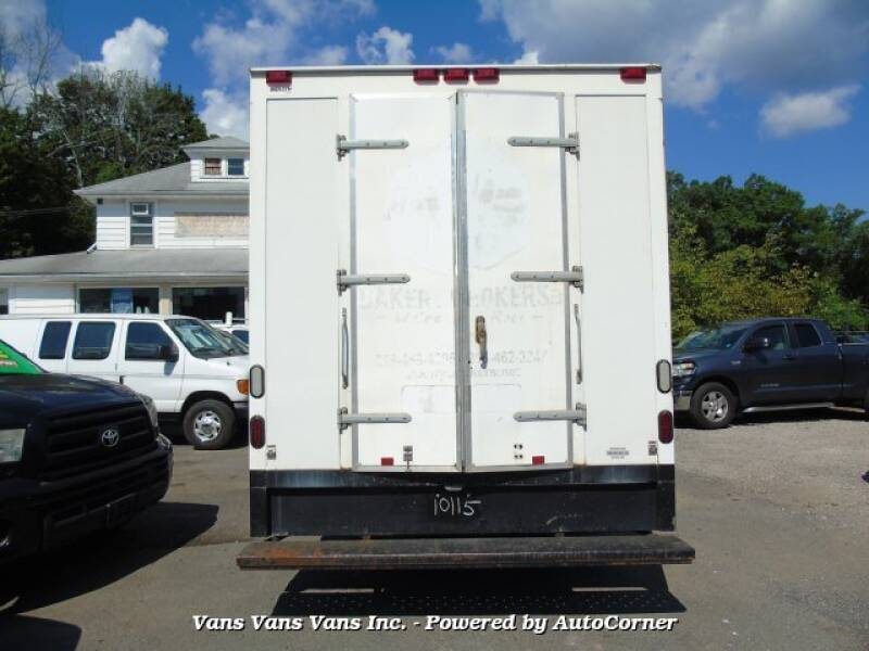 2014 Chevrolet Express Cutaway 3500 2dr 177 in. WB Cutaway Chassis w/1WT - Blauvelt NY