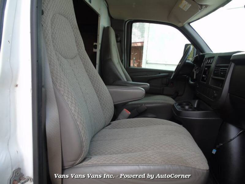 2008 GMC Savana Cutaway 3500 2dr Commercial/Cutaway/Chassis 139-177 in. WB - Blauvelt NY