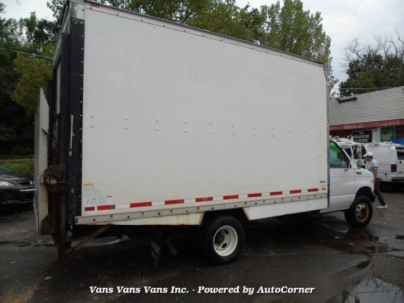 2000 Ford E-Series Chassis E-450 SD 2dr Commercial/Cutaway/Chassis 158-176 in. WB - Blauvelt NY