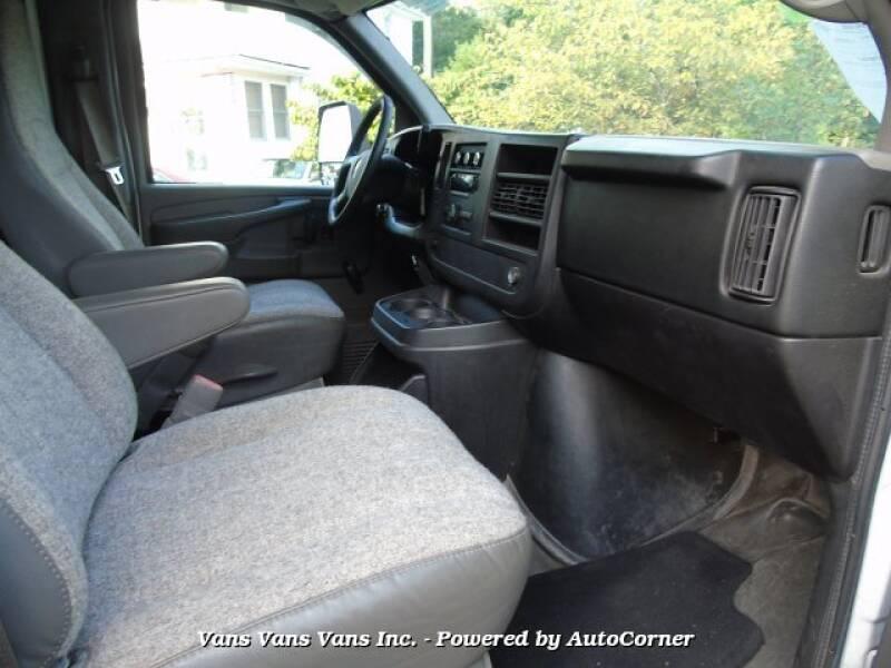 2012 GMC Savana Cutaway 3500 2dr 139 in. WB Cutaway Chassis w/ 1WT - Blauvelt NY