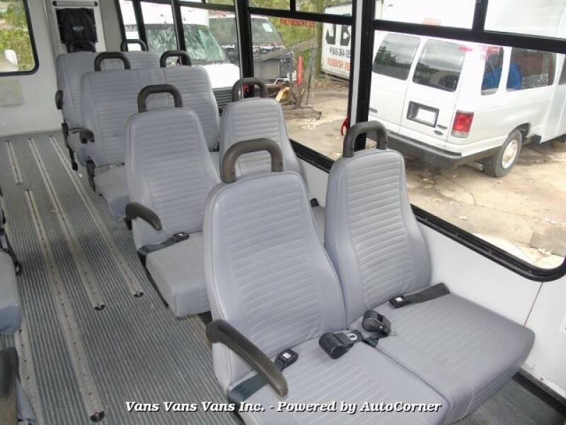 2011 Ford E-Series Chassis E-450 SD 2dr Commercial/Cutaway/Chassis 158-176 in. WB - Blauvelt NY