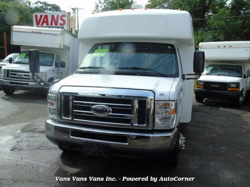 2013 Ford E-Series Chassis E-450 SD 2dr Commercial/Cutaway/Chassis 158-176 in. WB - Blauvelt NY