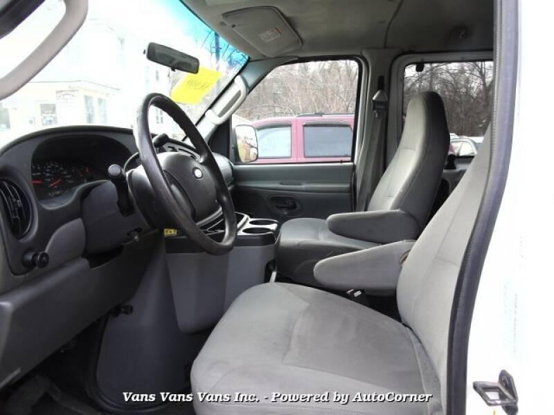 2007 Ford E-Series Wagon  E350 Extended 15 Passenger Wagon - Blauvelt NY