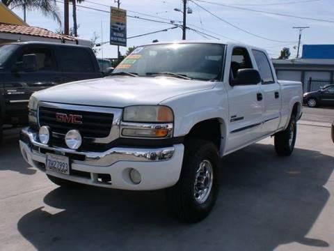 2004 GMC Sierra 2500HD for sale in Pacoima, CA