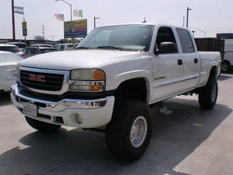 2003 GMC Sierra 2500HD for sale in Pacoima, CA