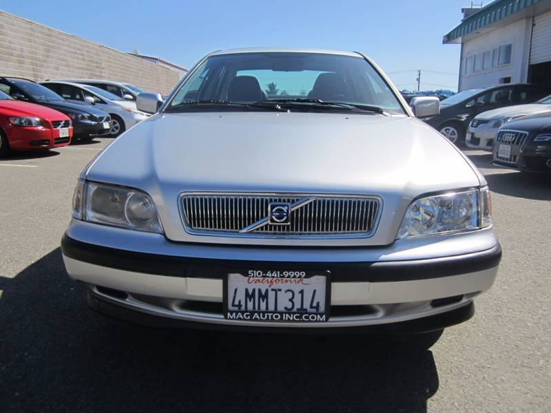 2000 Volvo S40 for sale at Mag Auto Group in Hayward CA