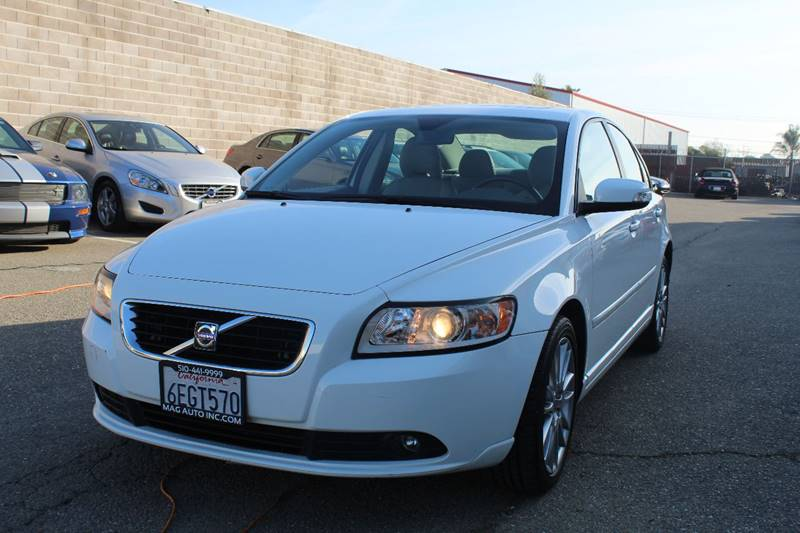 2009 volvo s40 2.4i in hayward ca - mag auto group