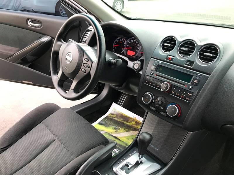2013 Nissan Altima 2.5 S 2dr Coupe - El Cajon CA
