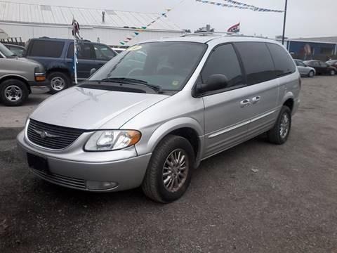 2003 Chrysler Town and Country for sale in Plainfield, IL