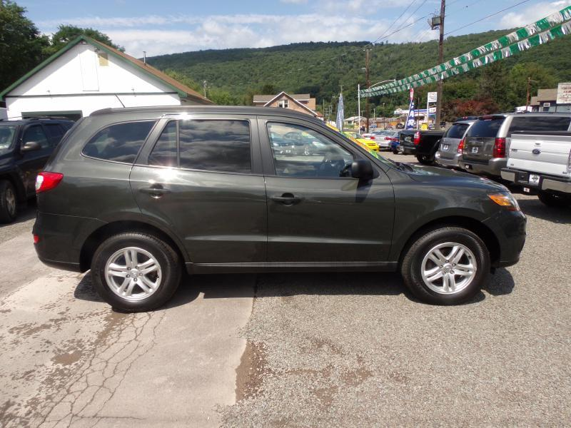 2010 Hyundai Santa Fe for sale at RJ McGlynn Auto Exchange in West Nanticoke PA