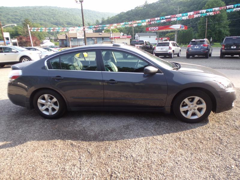 2009 Nissan Altima for sale at RJ McGlynn Auto Exchange in West Nanticoke PA