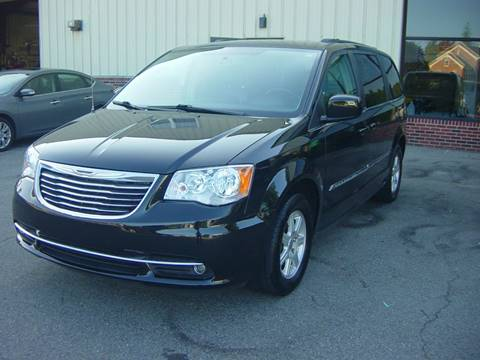2012 Chrysler Town and Country for sale in Seabrook, NH